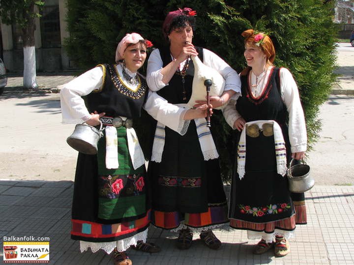 Bulgarian traditional costumes from village Ledenik, Veliko Tarnovo Region