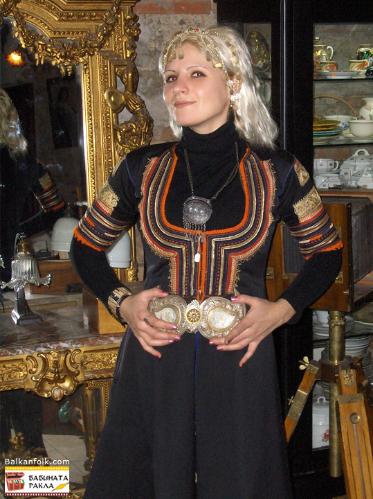 Kyustendilska Saya - traditional Bulgarian costume