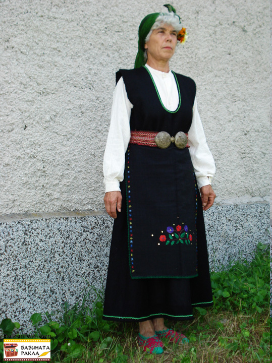 Women's festive costume from Pisarevo village, municipality of Gorna Oryahovitsa - Bulgaria