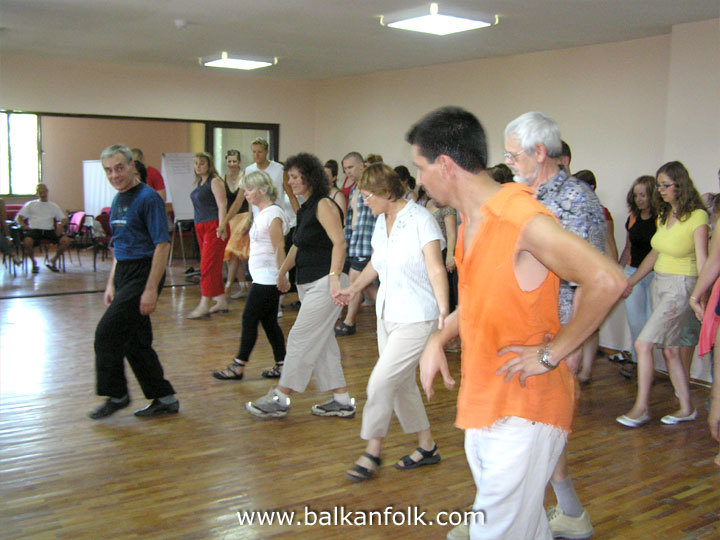 Balkanfolk 2007 - Bulgarian folk dance classes (beginners)