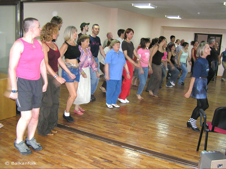 Bulgarian folk dances with Emil Genov
