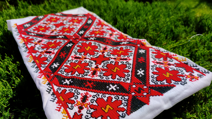 Sleeves for women's shirt from the region of Sofia and Graovo